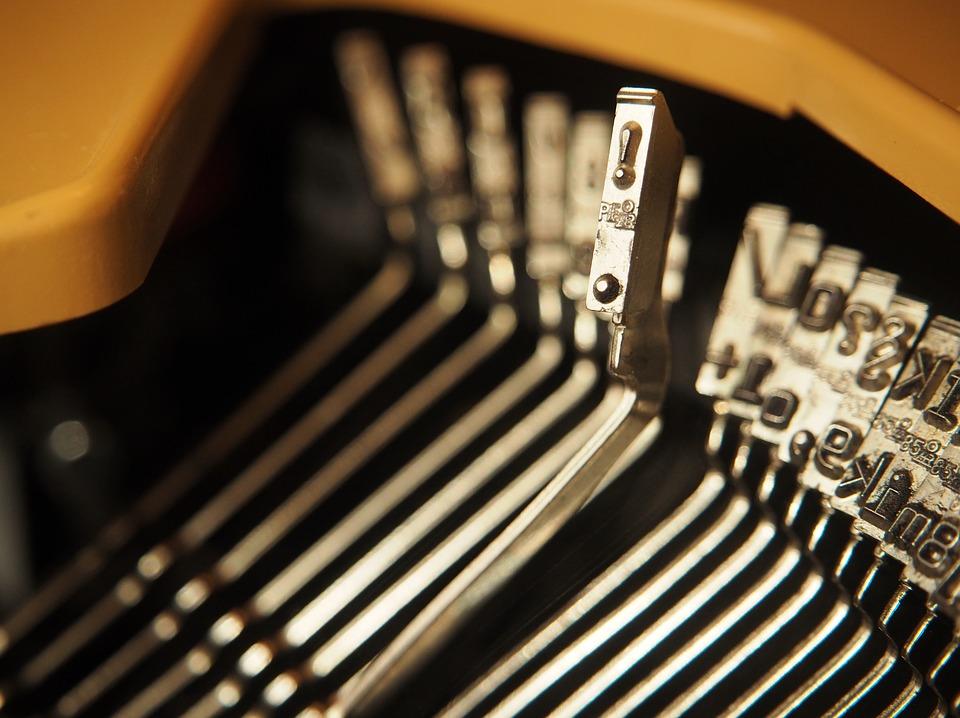 SM_typewriter-2703450_960_720